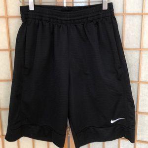 Men's Nike small black basketball shorts